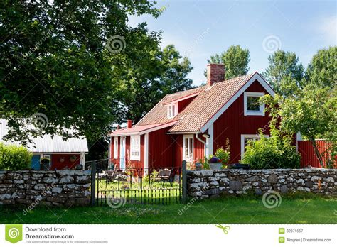 swedish farmhouse plans red painted cottage on the island oeland stock image