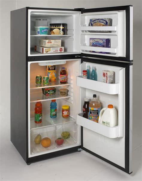 Shelf For Refrigerator by Avanti Ff99d3s 9 9 Cu Ft Top Freezer Refrigerator With