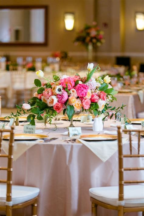 low floral centerpieces best 25 pink centerpieces ideas on pink