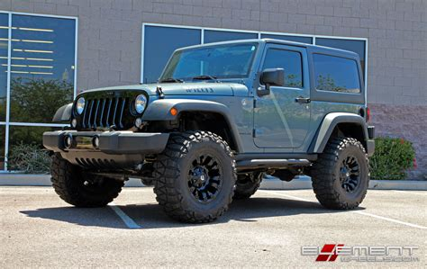 Jeep Yj Wheels 17 Inch Fuel Road Vapor Matte Black On 2015 Jeep