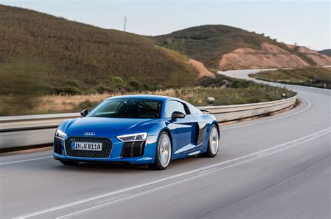 drive a audi r8 2017 audi r8 review second drive motor trend