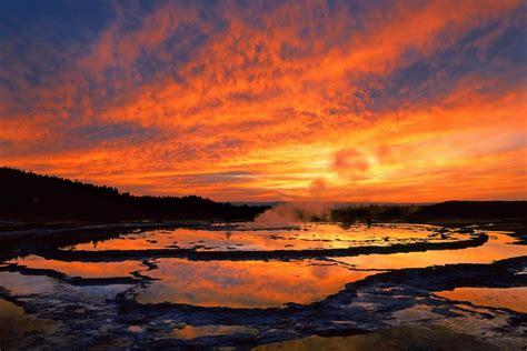 Yellowstone National Park United States Of America Yellowstone Landscape