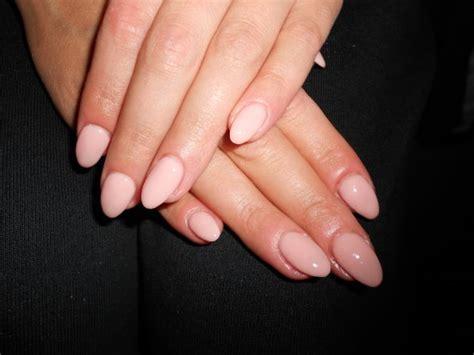 ongle en gel pale beige pale ongles en gel bruxelles