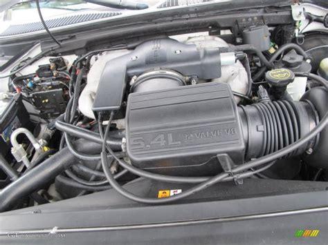 2001 lincoln navigator standard navigator model 5 4 liter dohc 32 valve intech v8 engine photo