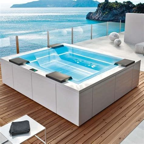 piscine idromassaggio da interno piscine vetroresina piscina fai da te scegliere le