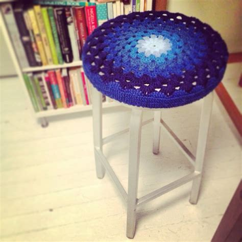 Bar Stool Cover Pattern by Free Pattern Crochet Bar Stool Covers Florriemarie