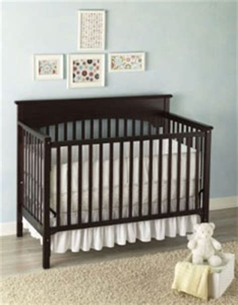 Graco Baby Furniture by Convertible Baby Cribs Savers Furniture