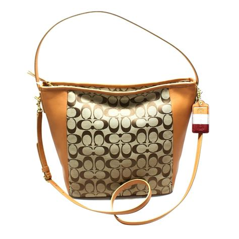bag swing coach legacy signature shoulder bag swing bag khaki doe