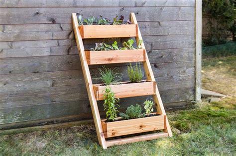 diy cedar ladder planter blackdecker