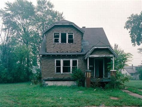 abandoned houses for sale abandoned detroit homes for sale 98 pics