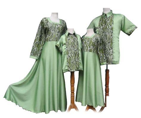 Baju Batik Keluarga Contoh Model Busana Batik Keluarga 28 Images Contoh