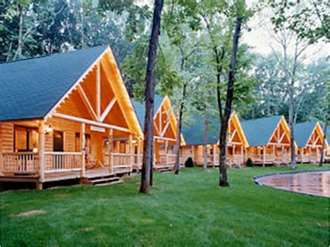 Cabins In Wisconsin Dells by Cedar Lodge And Settlement