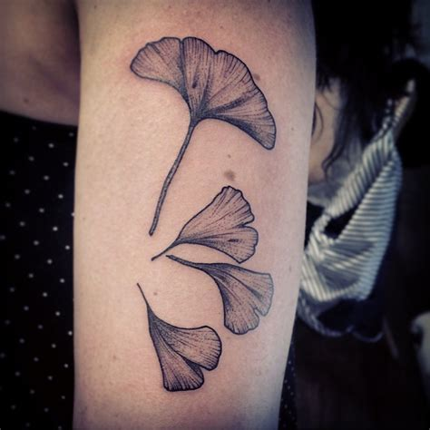 flower petal tattoos arm flower petals graphic best ideas gallery