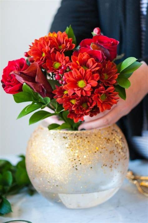 Glitter Vase Centerpiece by Best 25 Glitter Centerpieces Ideas On Glitter
