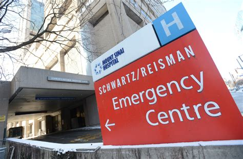 sinai hospital emergency room mount sinai patient arrested after weapon seized toronto