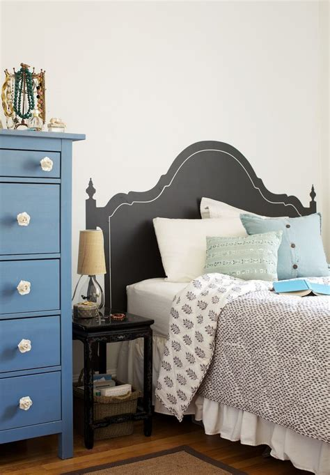 chalkboard paint headboard ideas 17 best images about ideas for colour blocking on