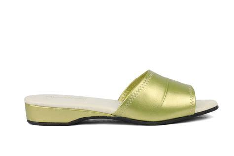 daniel green bedroom slippers daniel green dormie best selling slipper