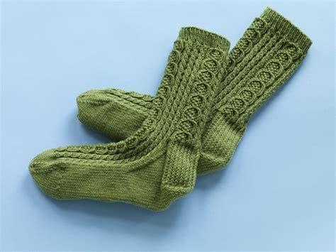 free knitting loom patterns sock wool patterns 171 free knit pattern classic cable socks 90105ad a