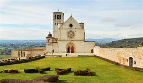 casa papa assisi dedicazione basilica di san francesco 762 anni fa divenne