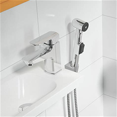 bidet mit brause feinarmaturen ravak at