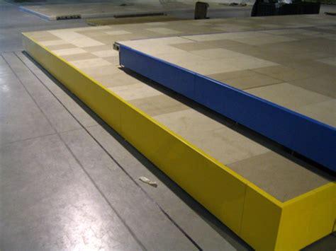 pedane modulari noleggio pedane modulari articoli per plateatici e dehor