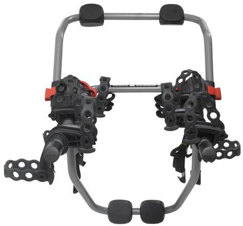 Yakima Bike Rack Reviews by Yakima Kingjoe 3 Bike Trunk Mounted Rack With Glass Hatch
