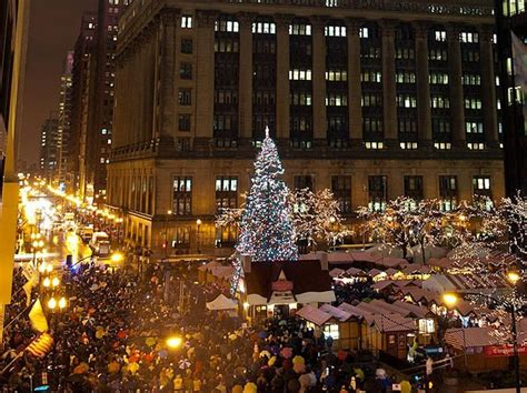must see christmas trees in cities around the world