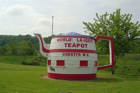 worlds biggest virginia world s largest teapot in chester west virginia pinterest