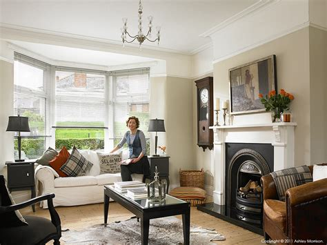 1930s home decorating ideas janet hamilton in the living room of her newly refurbished