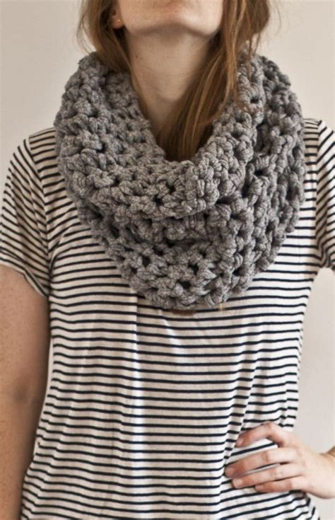 t shirt yarn cowl pattern 112 best images about t shirt yarn projects on pinterest