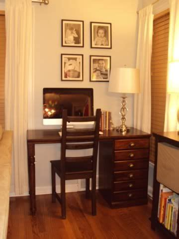 Small Desk Area 17 Best Ideas About Small Desk Areas On Small Desk Space Small Office Desk And