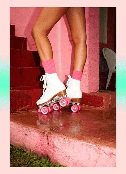 roller skates fashion gif find  gifer