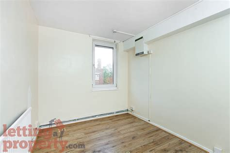 4 bedroom apartments london 4 bed apartment to rent bird in bush road london se15 1bb