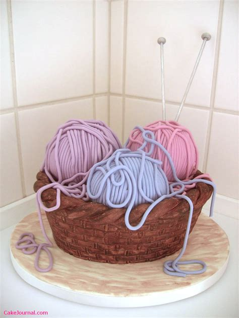 knitting cake what not to knit happy birthday