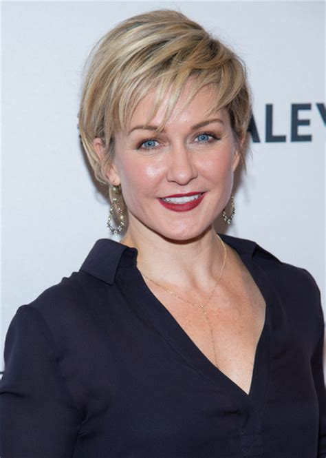 linda reagan blue bloods short hair amy carlson photos photos 2nd annual paleyfest new york