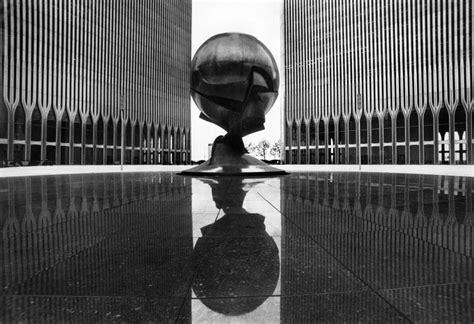 Helm Wtc fritz koenig sculptor of trade center sphere dies at