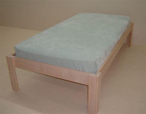 maple platform bed solid maple platform bed unfinished healthycabinetmakers com