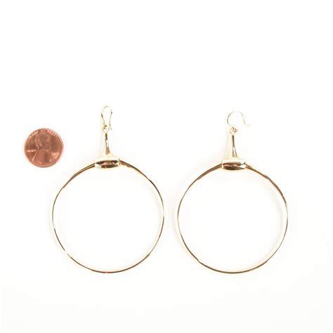 gucci 18k gold horsebit drop hoop earrings 110653