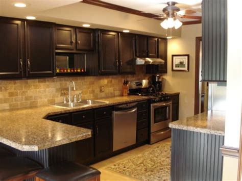 updated kitchen cabinets 22 year old kitchen update kitchen designs decorating