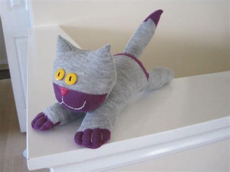 diy cat sock 20 sock animals you ll to make