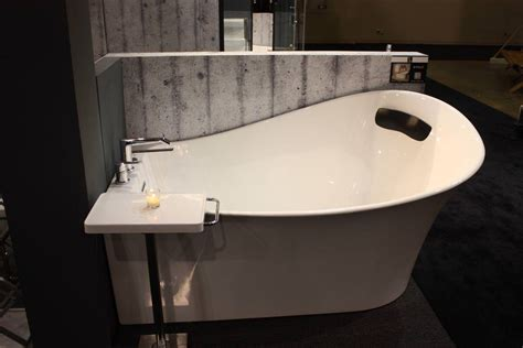small freestanding bathtub small freestanding tub modern home interiors