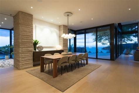 teppiche esszimmer mehrstufige residenz mit herrlicher aussicht auf vancouver