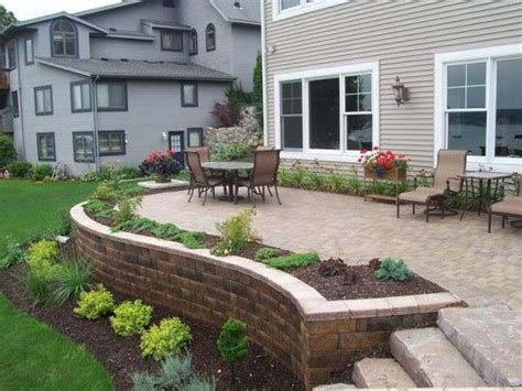 How To Build A Patio Retaining Wall by Best 25 Patio Edging Ideas On