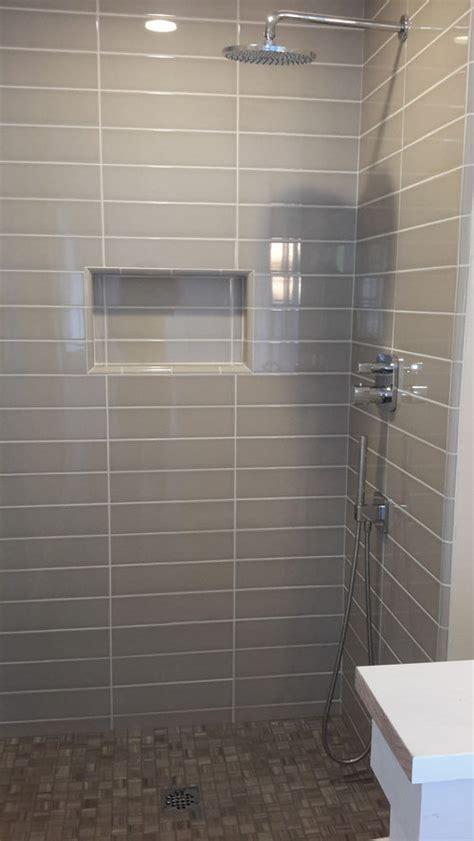 paint color    warm grey tile