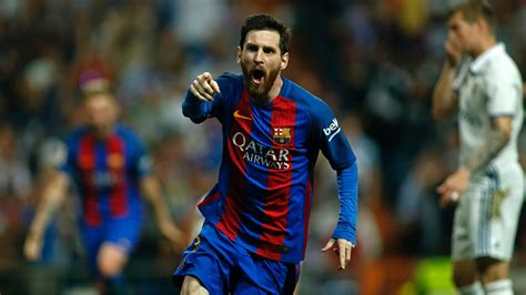 barcelona messi lionel messi scored 500th barcelona goal against real