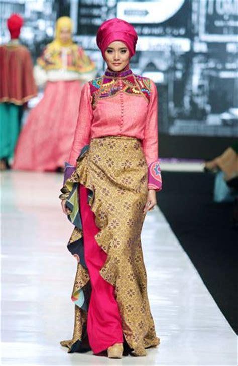 design baju batik untuk hijab hijabs dresses and batik dress on pinterest
