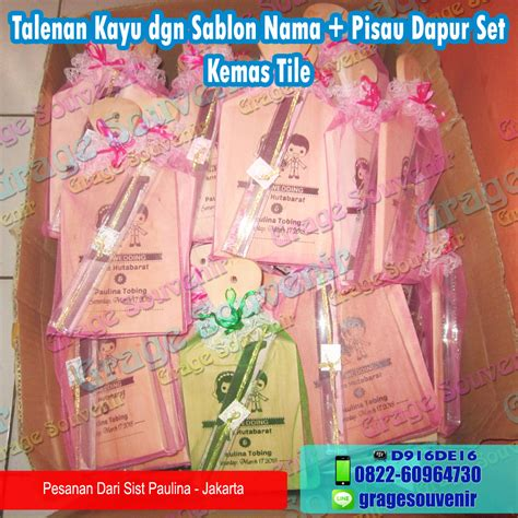 Pisau Set Plus Talenan Plastik souvenir 193 jakarta talenan kayu pisau set murah jual