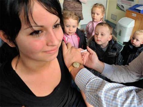 windpocken impfung seit wann gro 223 er andrang bei schweinegrippe impfung f 252 r kinder