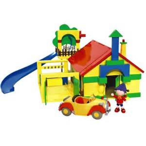 Bed Prices Noddy House Playset Review Compare Prices Buy Online