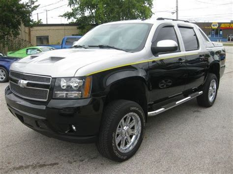 purchase   chevrolet avalanche ltz supercharged